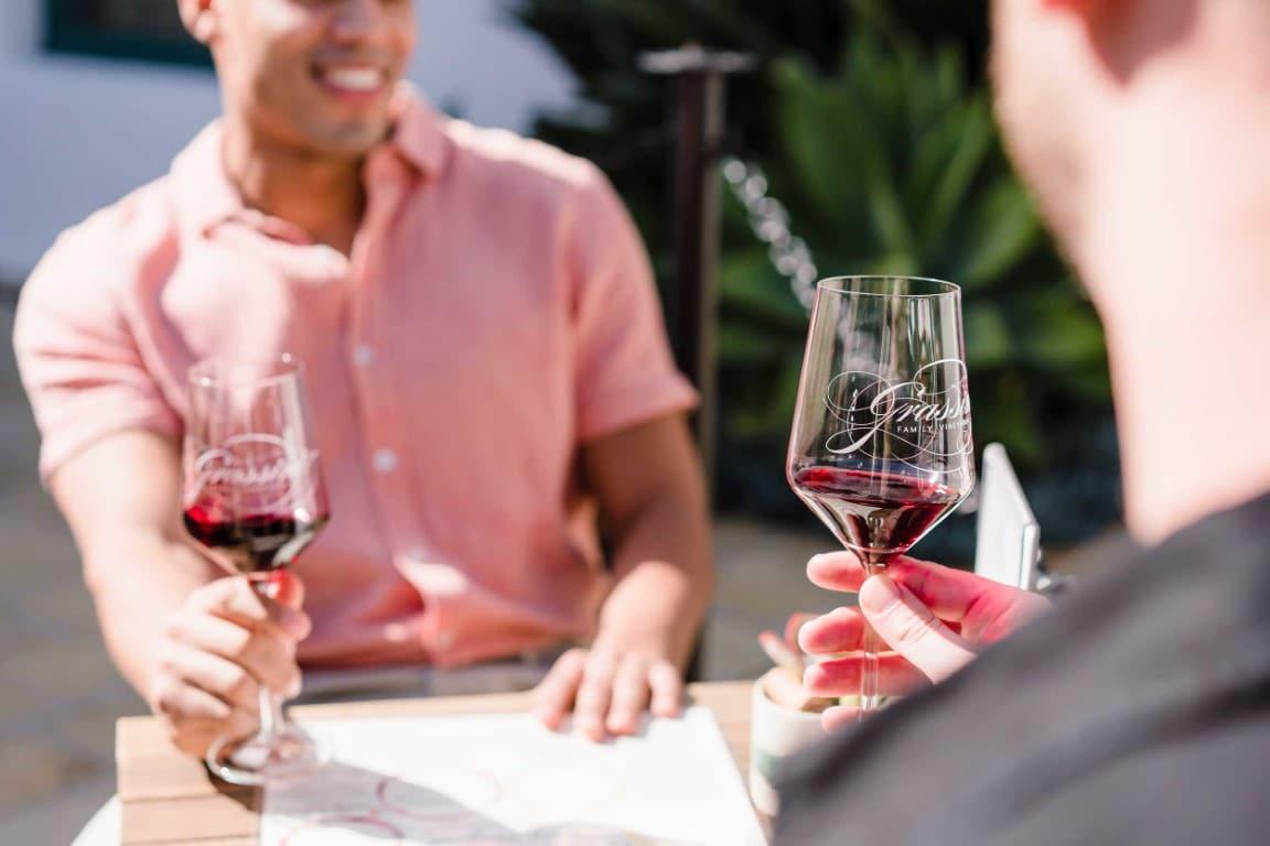 dégustation de vin pour idée de premier rendez-vous