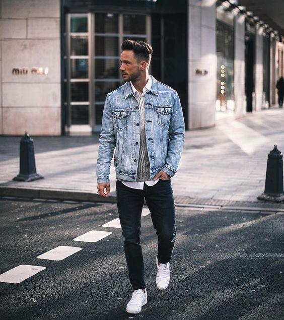 homme avec un jean brut
